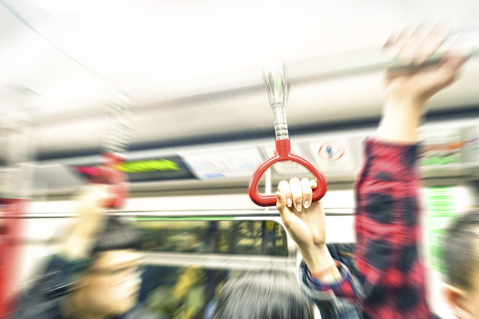 Homem que ejaculou em passageira no metrô é condenado