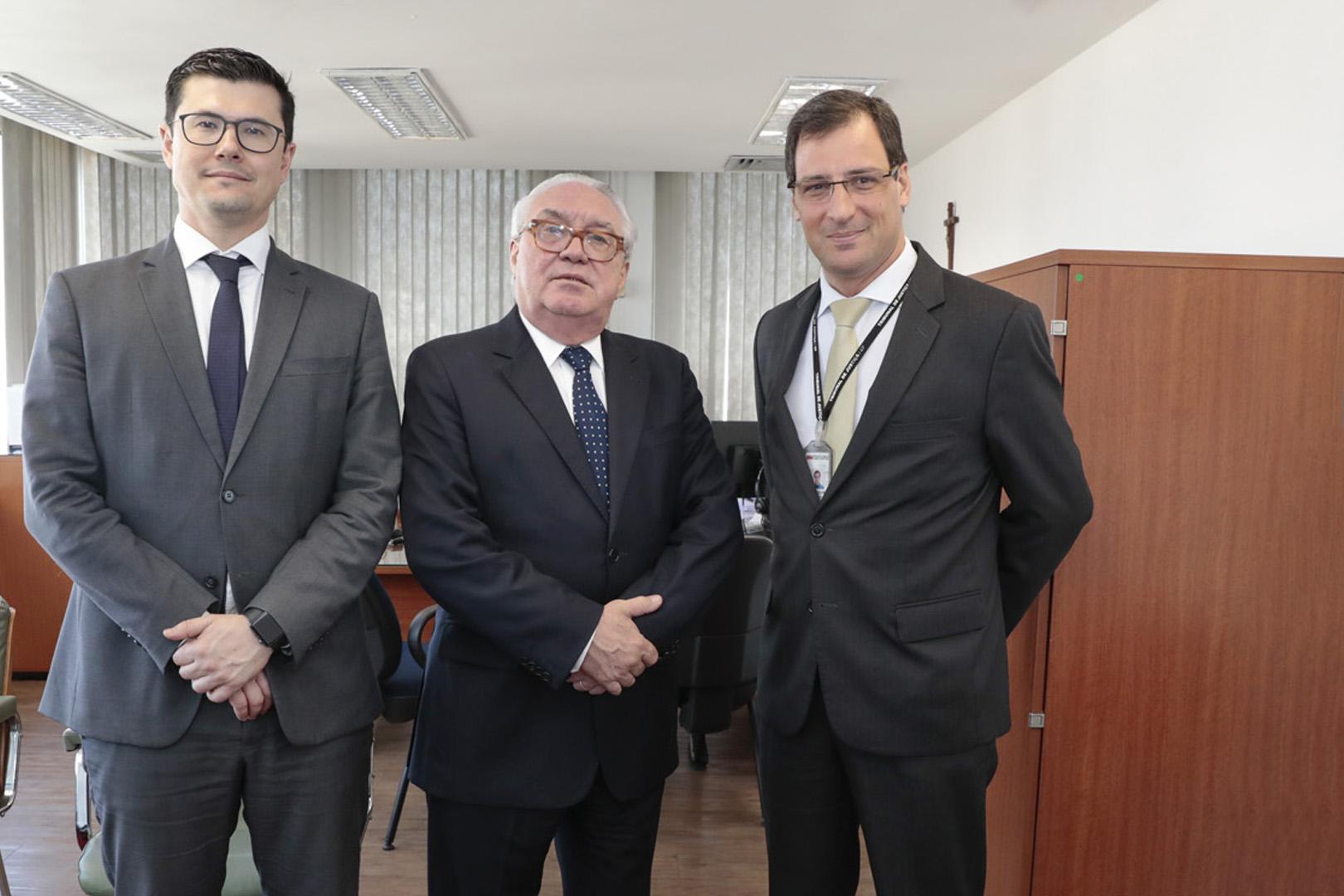 Judiciário em ação: visita ao centro administrativo da Praça do Patriarca