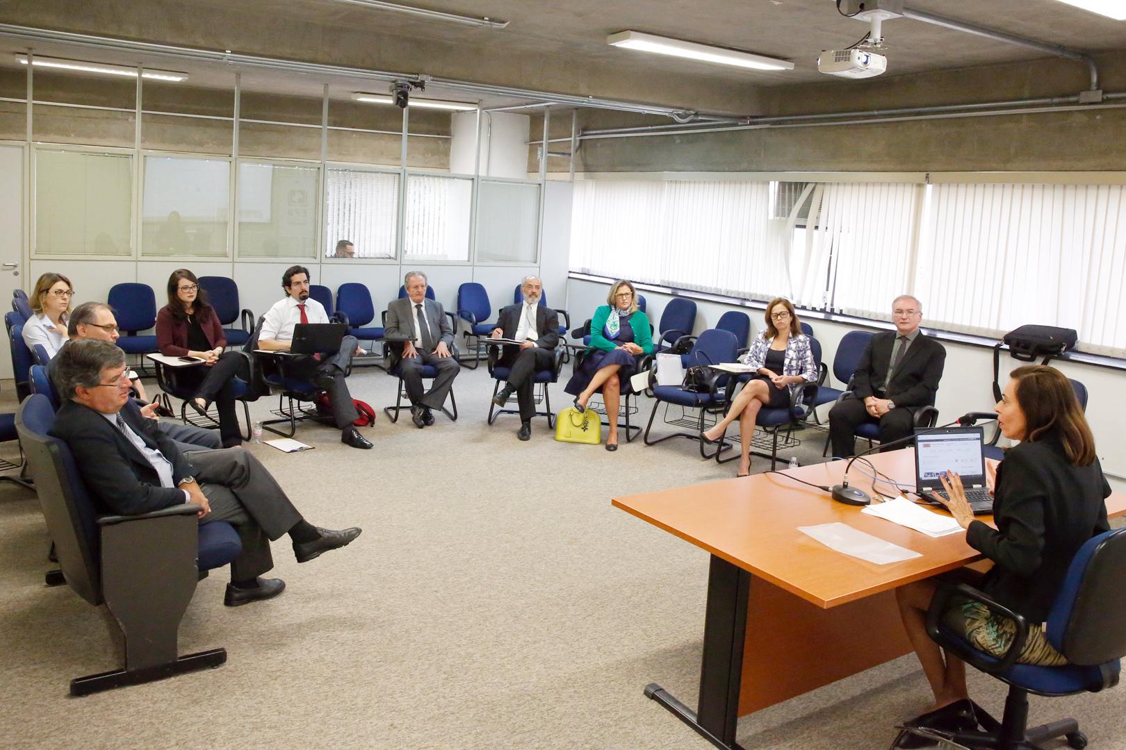 Núcleo de Estudos em Direito Tributário retoma atividades com debate sobre conexão entre tributação e direitos fundamentais