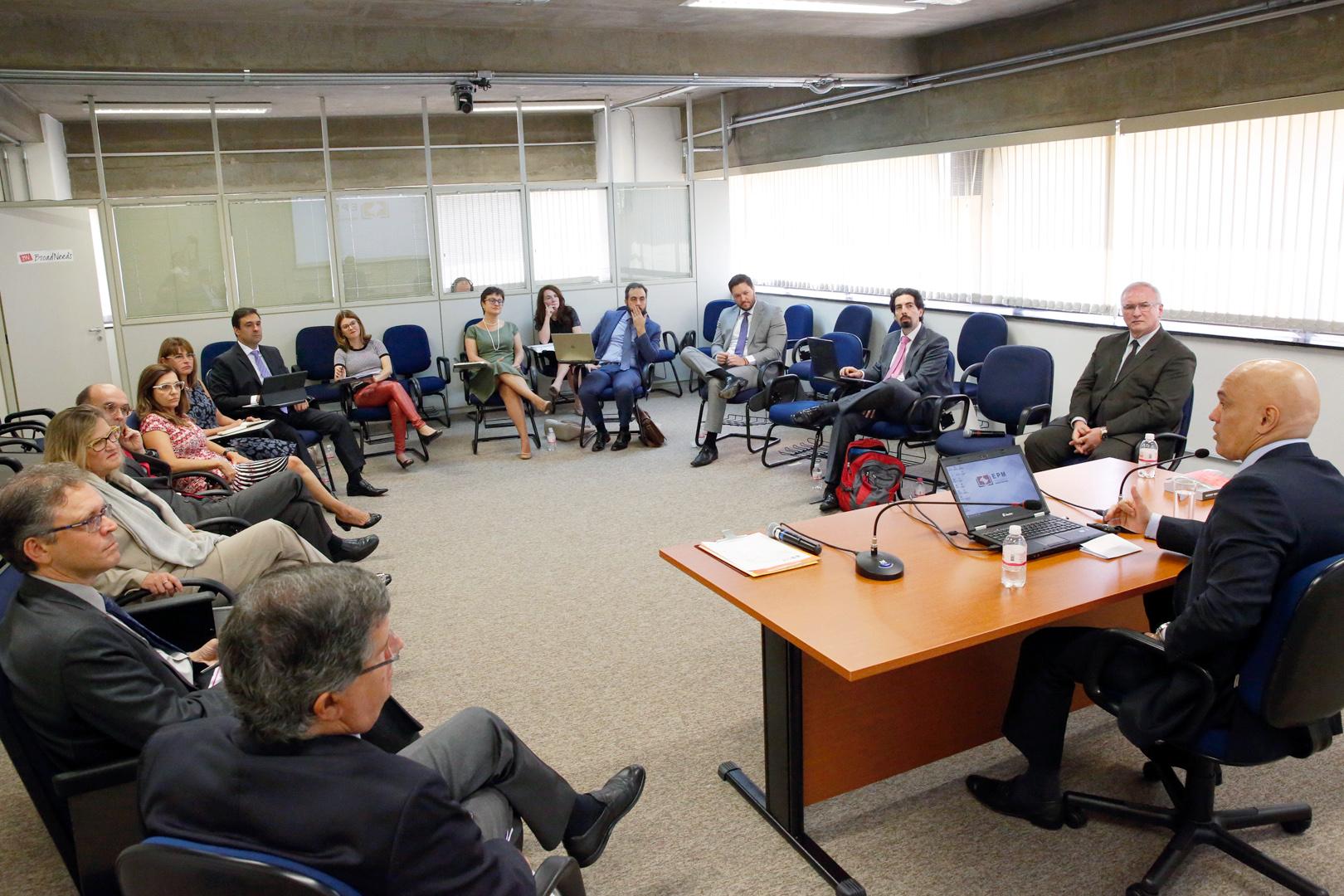 Segurança pública é discutida no Núcleo de Estudos 'Poder Judiciário: Orçamento, Gestão e Políticas Públicas'