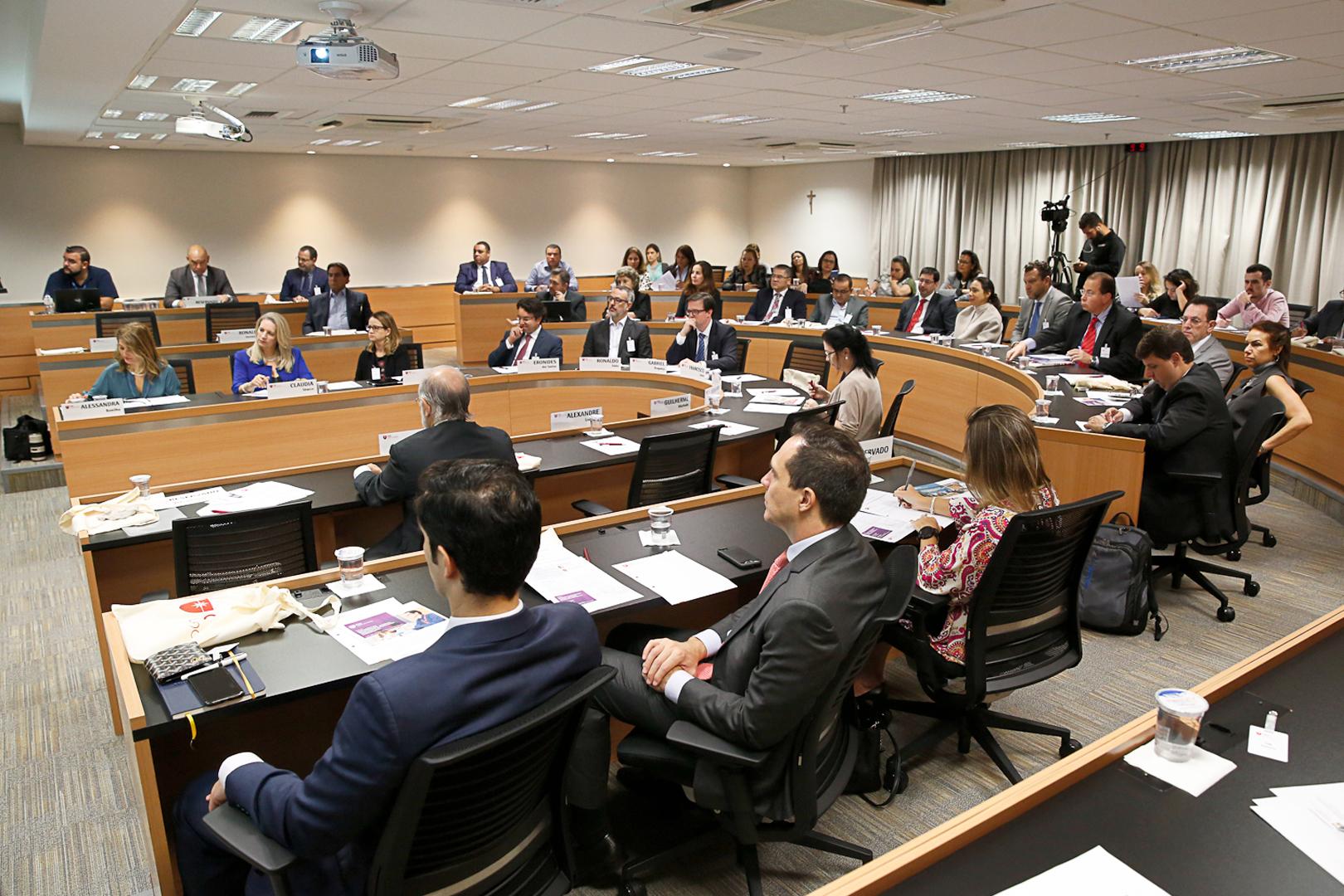 TJSP participa de fórum sobre recuperação judicial, mediação e governança