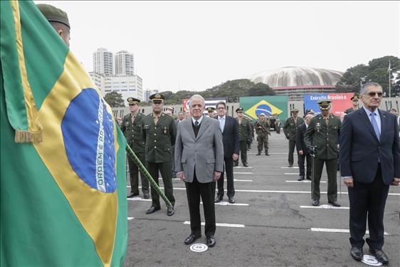 Corte paulista participa de solenidade em comemoração ao Dia do Soldado