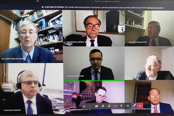 Novos tempos: é a hora dos julgamentos telepresenciais