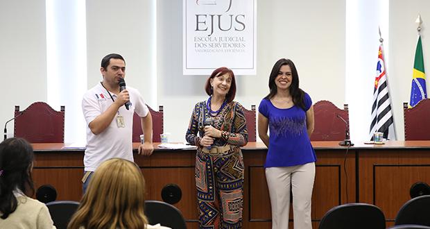 Servidores participam do projeto 'Transformando Vidas'