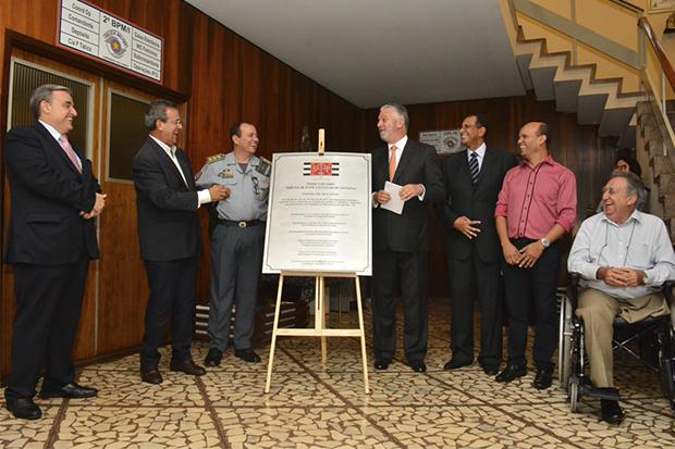 Araçatuba e Palmeira D'Oeste recebem unidades do Cejusc