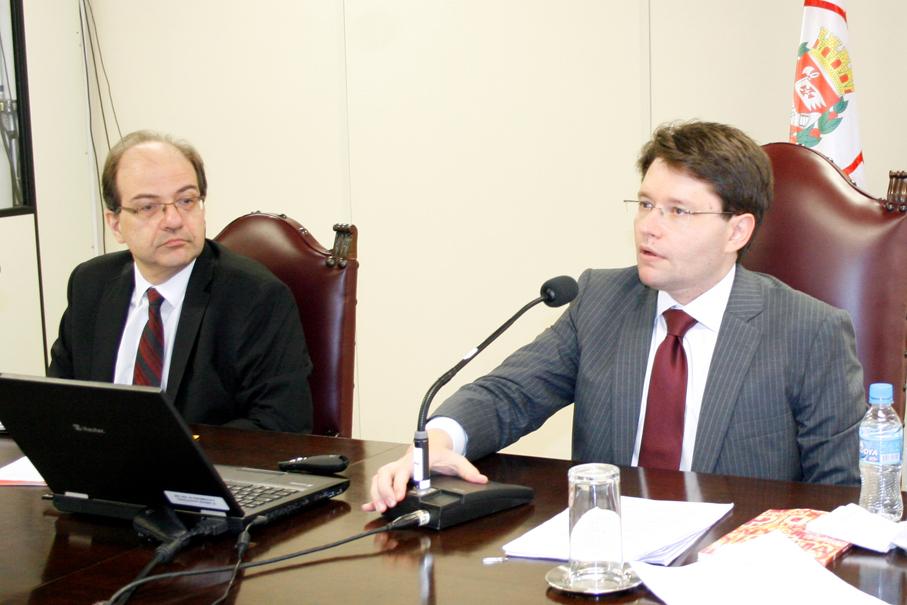Funções da responsabilidade civil são discutidas em aula na EPM