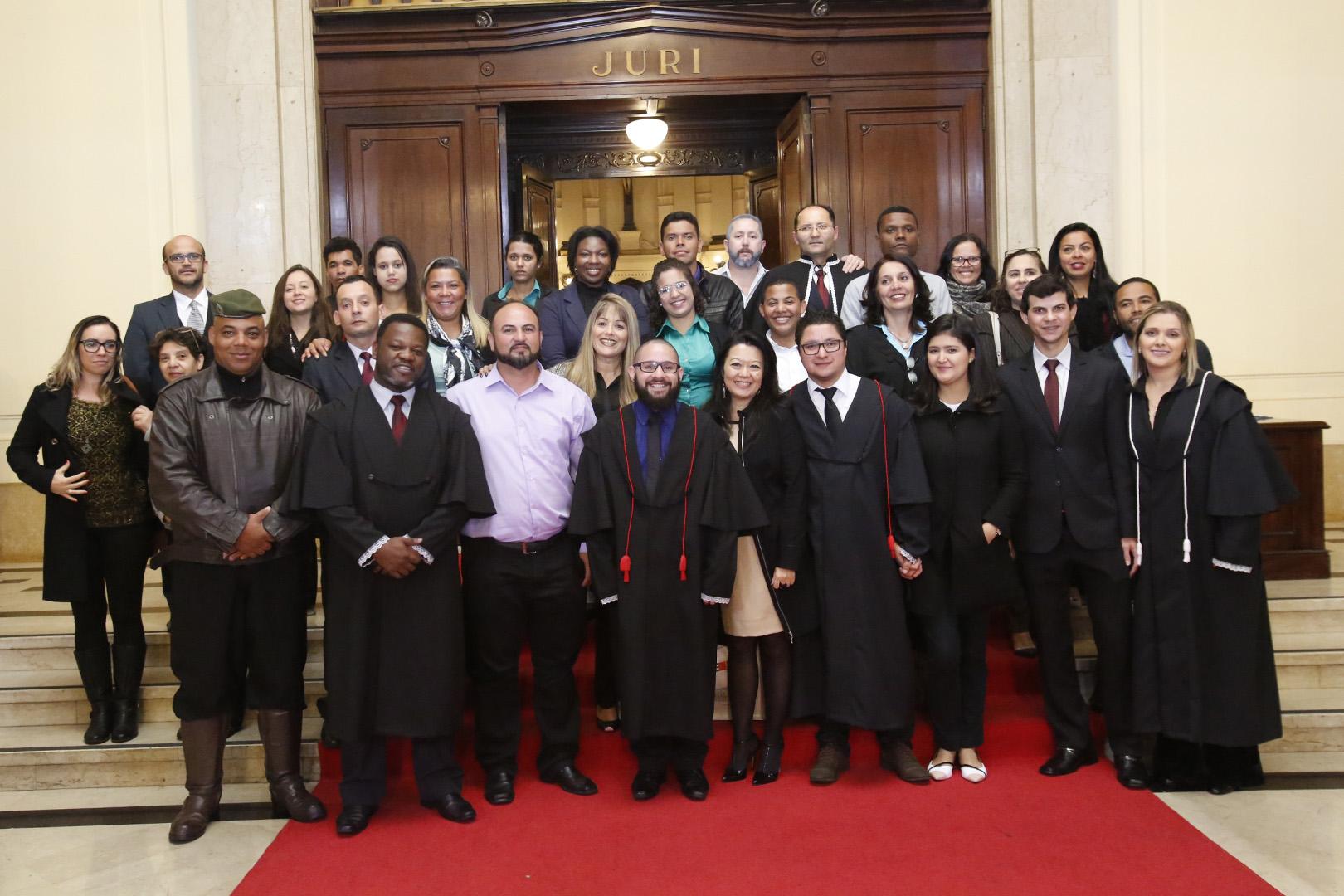 Centro Universitário Estácio realiza júri simulado no Tribunal