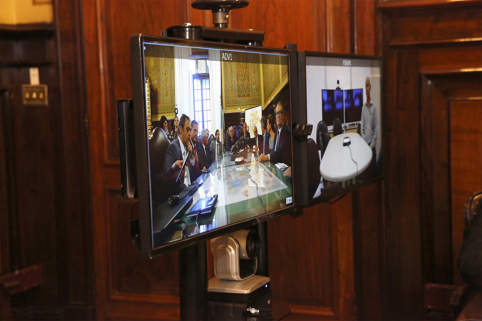 Integrantes do CSM conhecem novo equipamento de teleaudiência