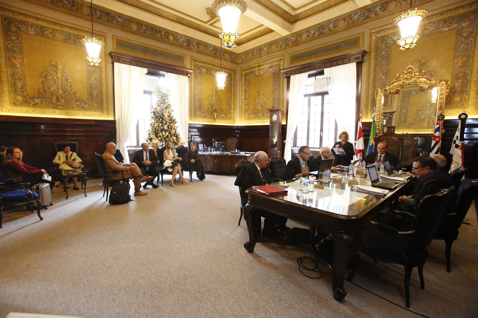 Câmara Especial de Presidentes realiza última sessão da atual composição