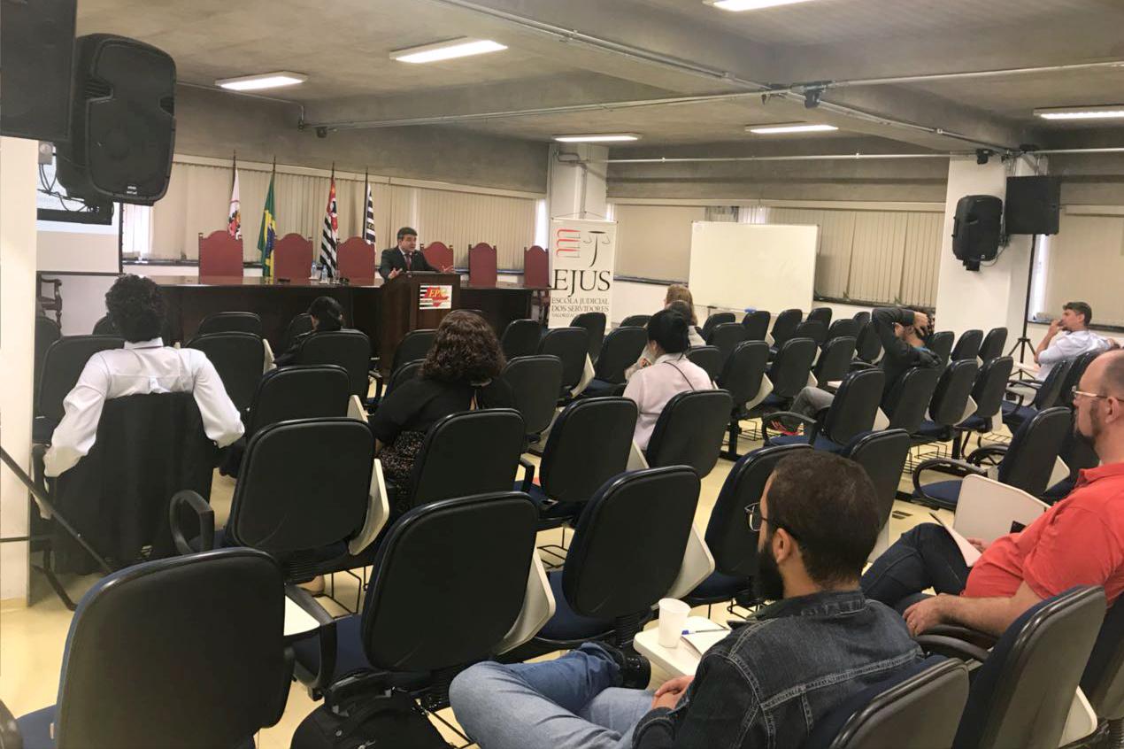 EJUS inicia 'Curso de introdução à Ciência do Direito'