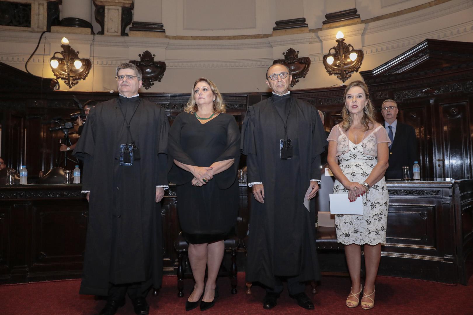 Desembargadores Cláudio Marques e Elói Estevão Troly tomam posse no TJSP