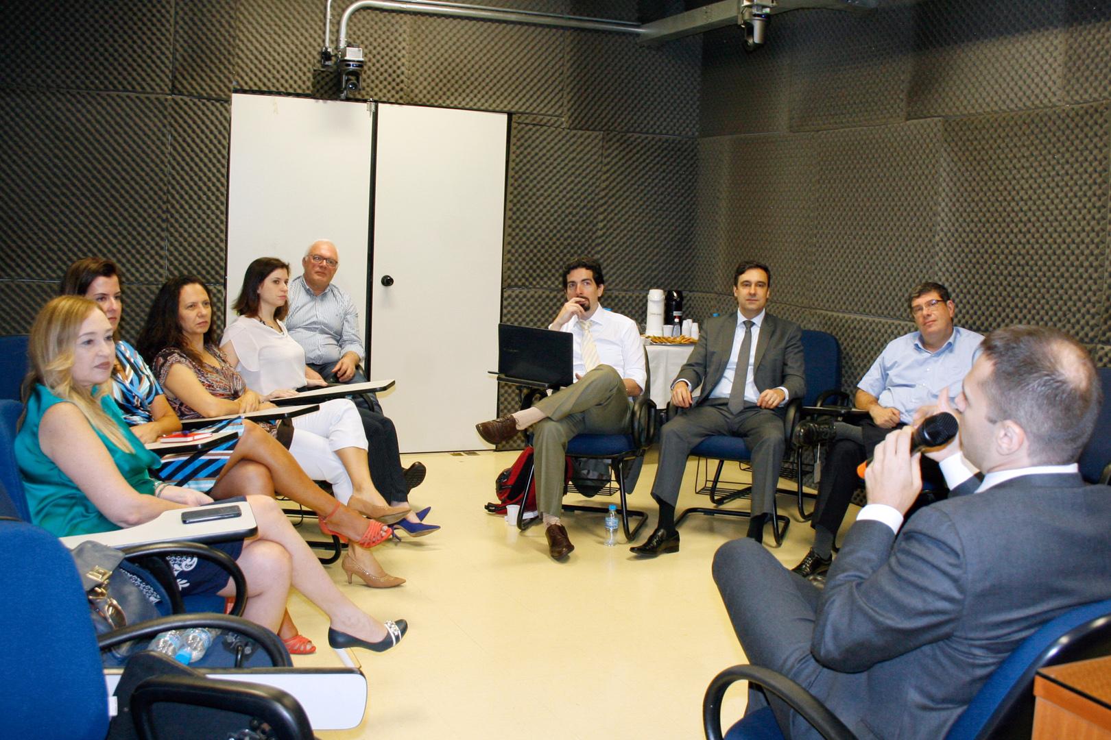 Marco Civil da Internet e extraterritorialidade são discutidos no Núcleo de Estudos em Direito Digital