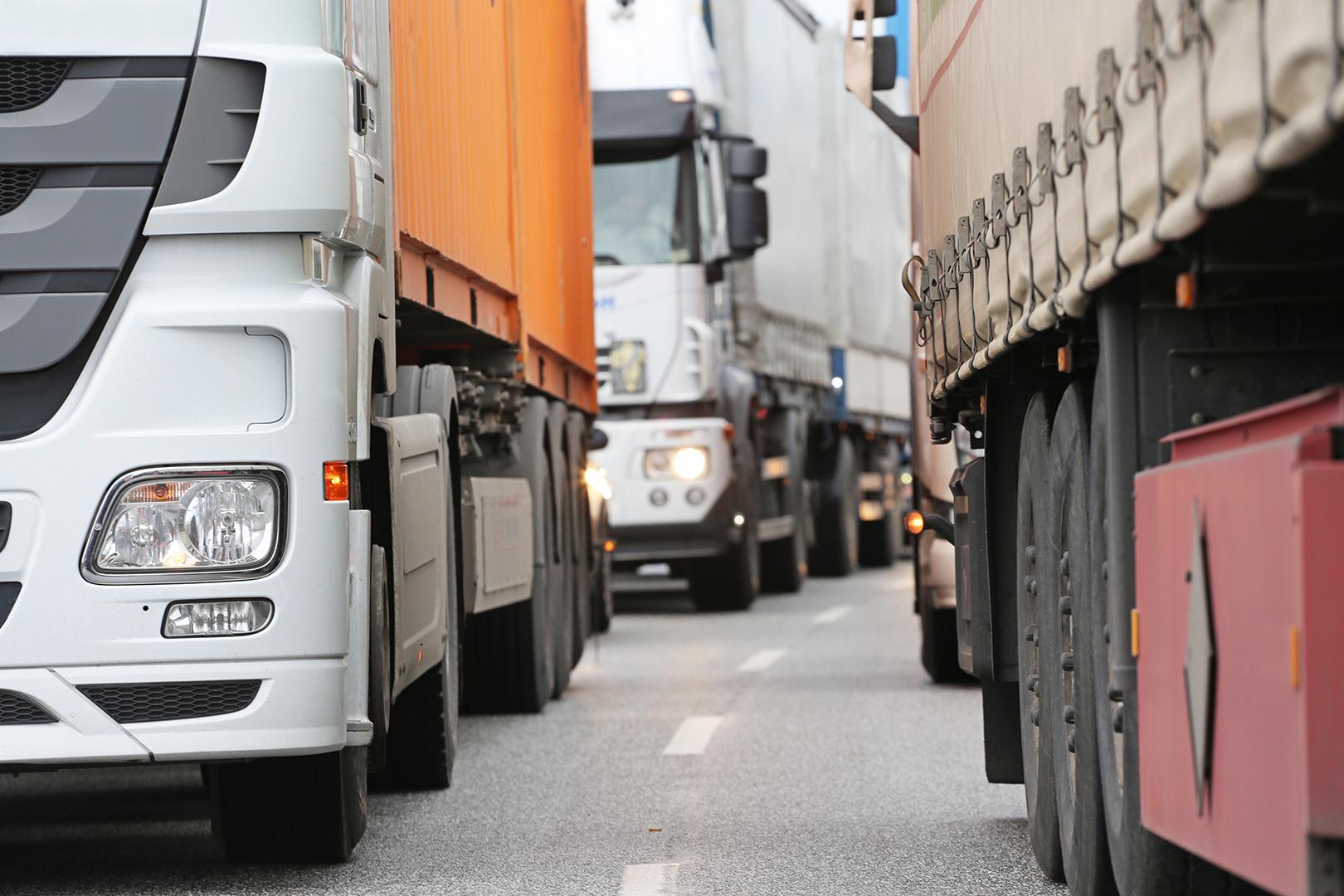 Paralisação não pode prejudicar entrega e transporte de combustível