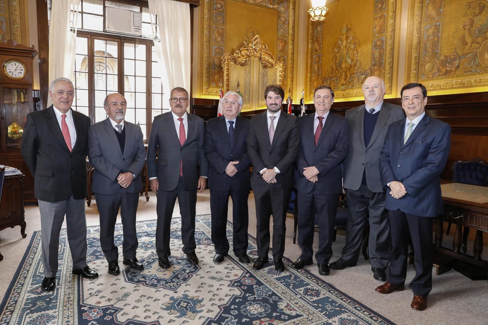 Ministro Humberto Martins é recebido no TJSP