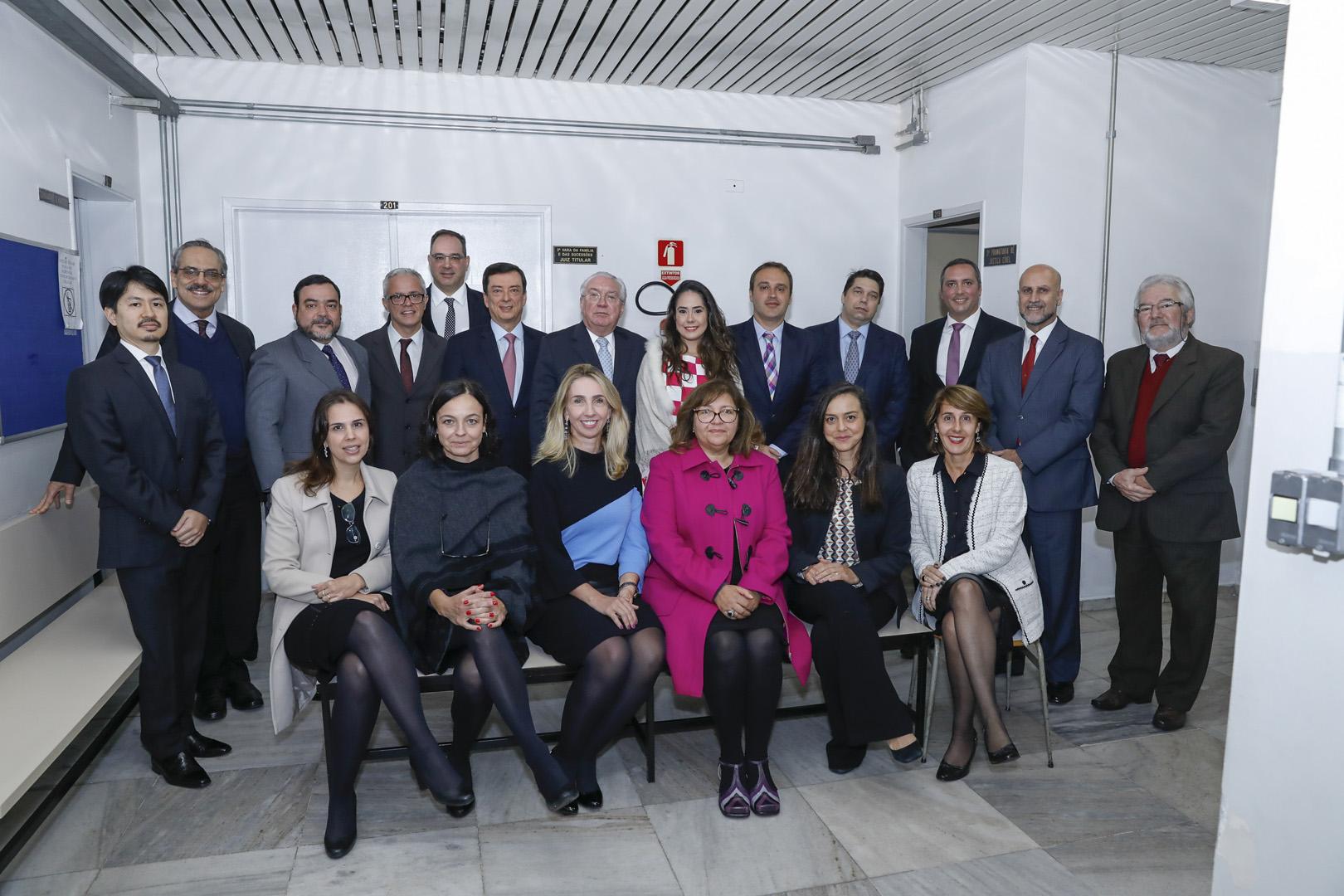 Judiciário em ação: presidente Pereira Calças visita o FR da Lapa