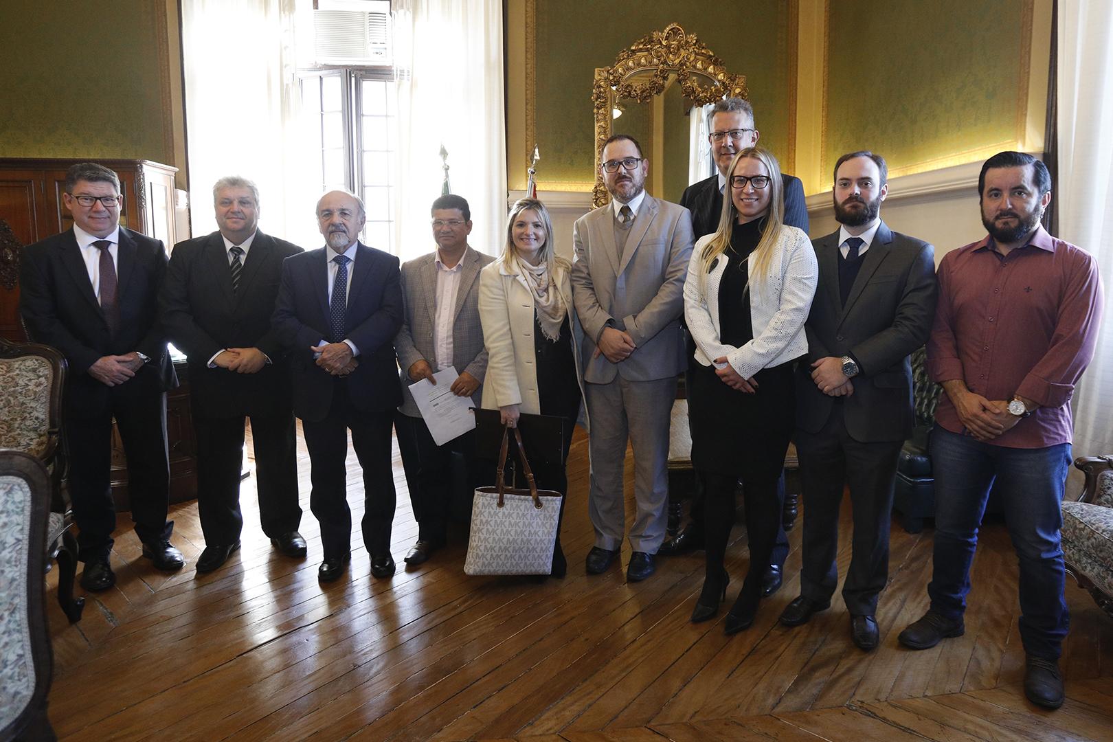 Vice-Presidência promove audiência de conciliação sobre dissídio coletivo em Cotia