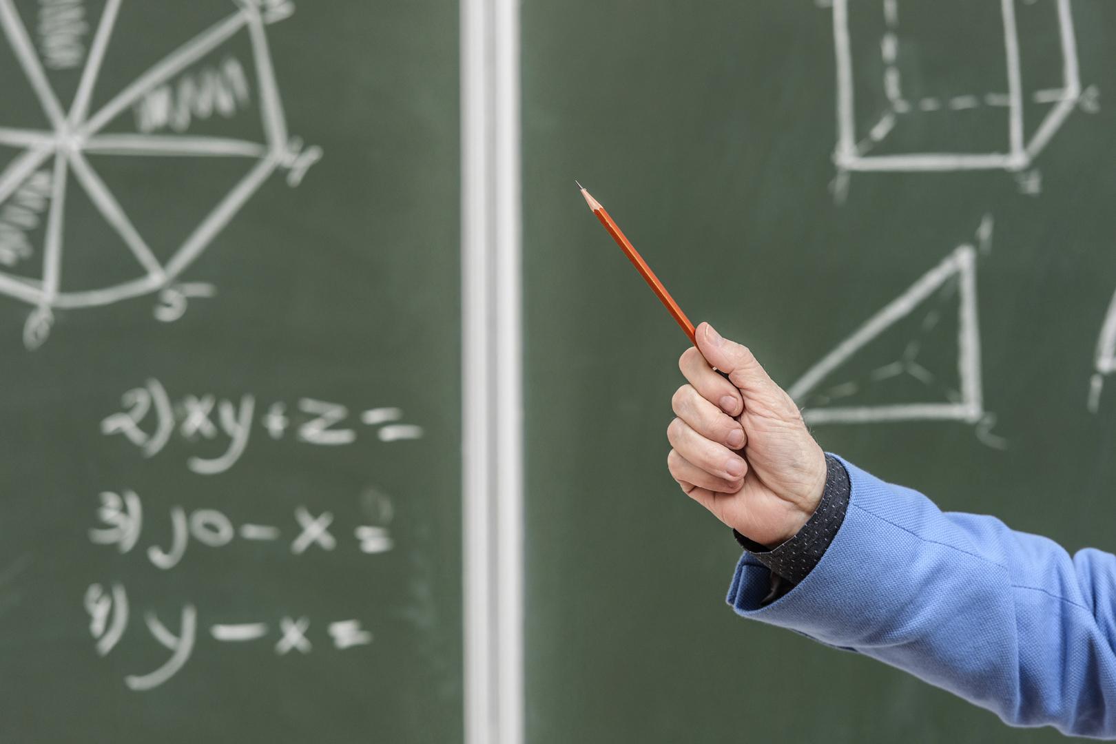 Falso professor é condenado por improbidade administrativa