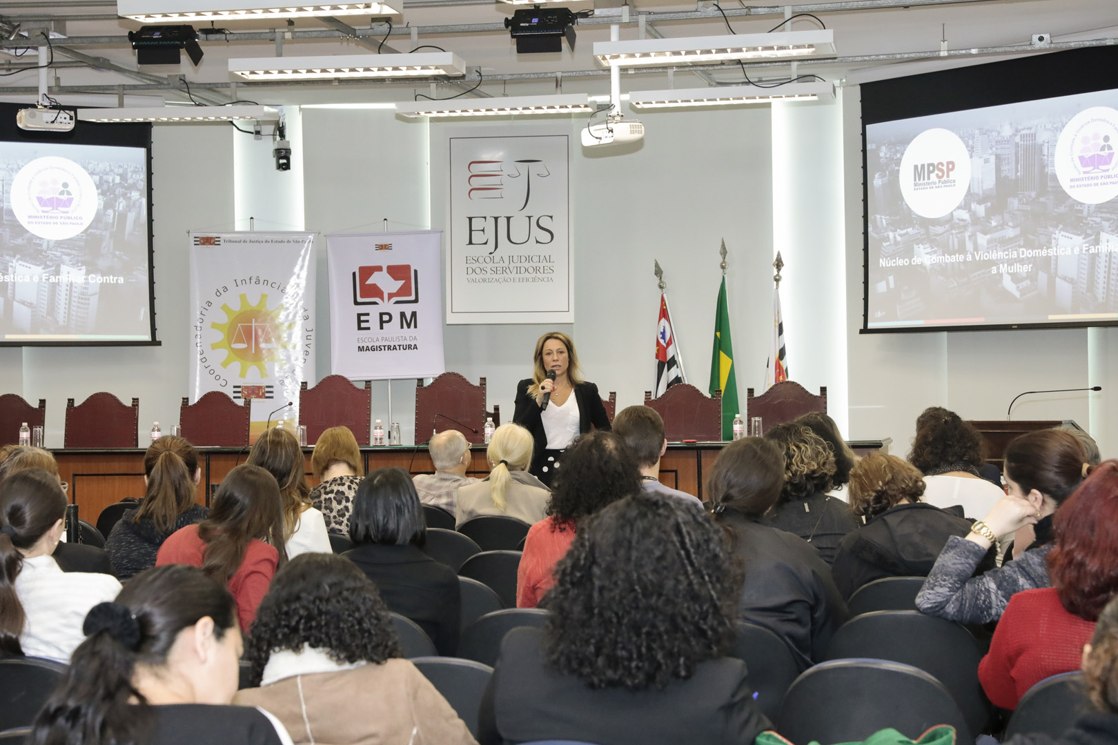Coordenadoria da Infância e Juventude e EPM promovem seminário sobre pornografia infantil
