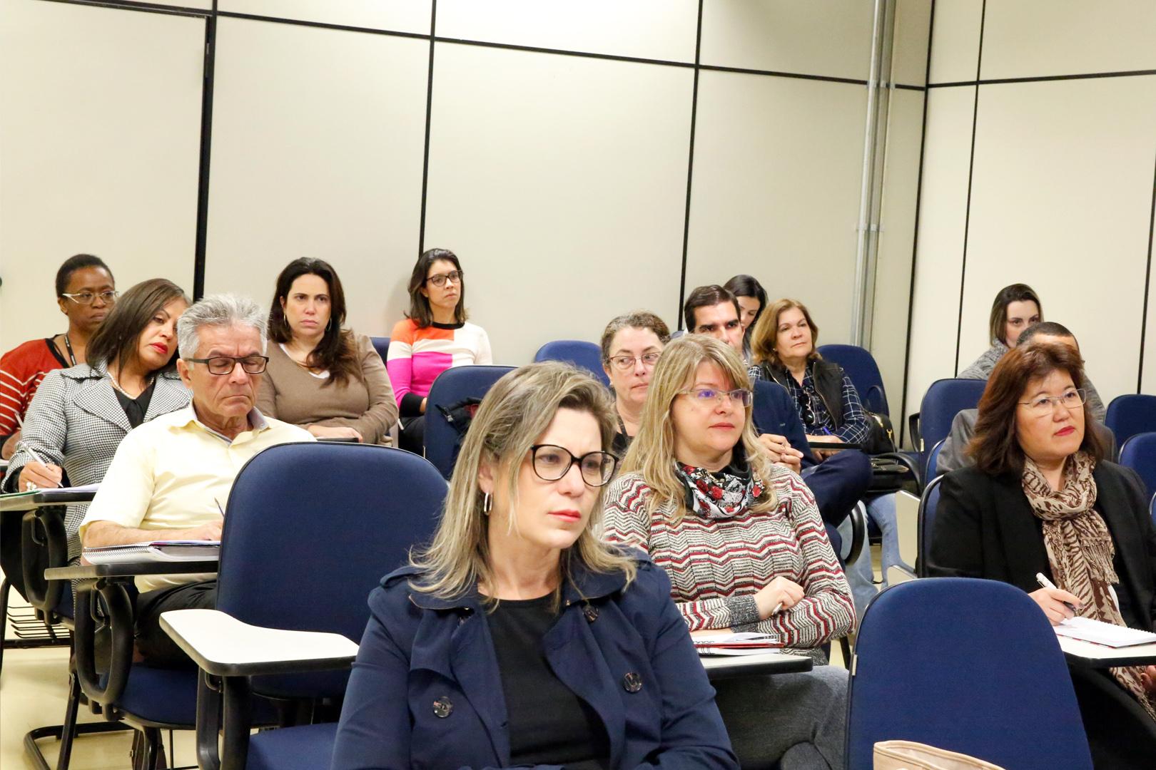 Direito ao conhecimento da ascendência e sua investigação são debatidos no curso 'Direitos da personalidade'