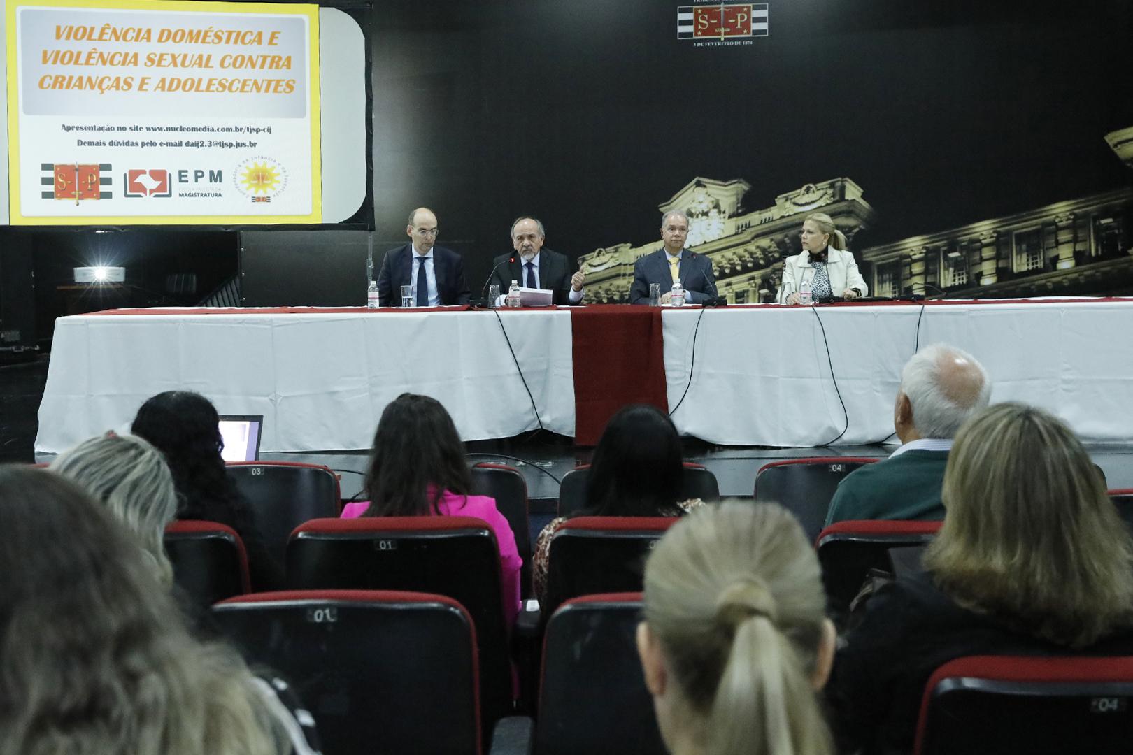 Seminário no TJSP discute violência doméstica contra crianças e adolescentes