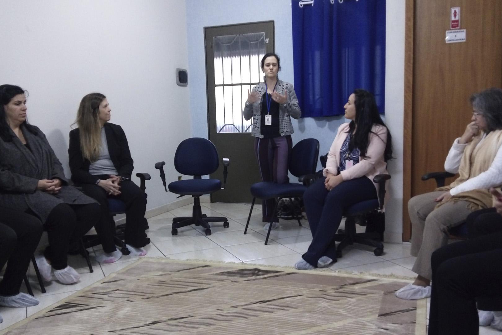 Cejusc de Itapecerica da Serra inicia projeto-piloto sobre 'Constelação Sistêmica'