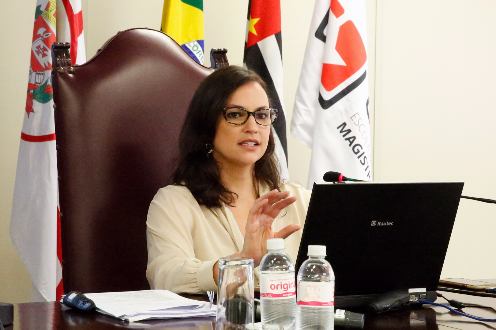 Projeto de orçamento e execução orçamentária é debatido na EPM