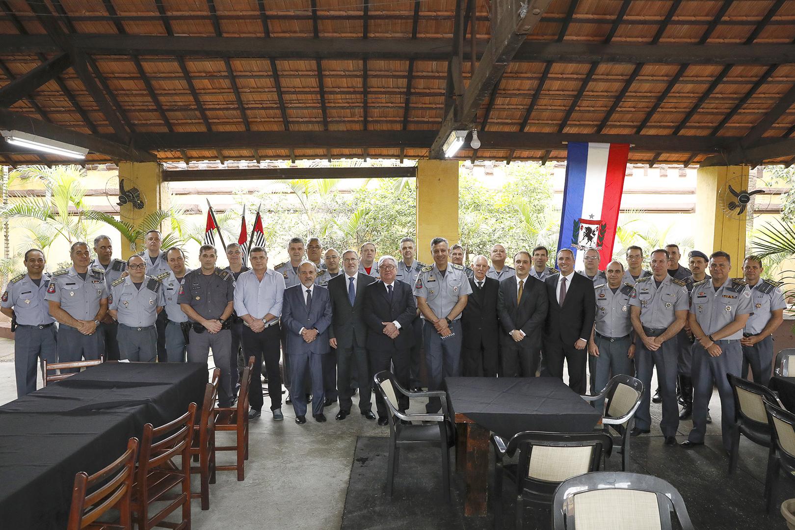 PM recebe integrantes do PJ no Regimento 9 de Julho